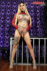 ShemaleXXX Beautiful Britney Boykins