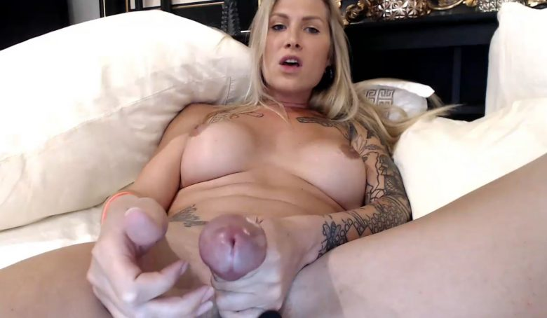 DanniDaniels Has Something She Wants To Share With You