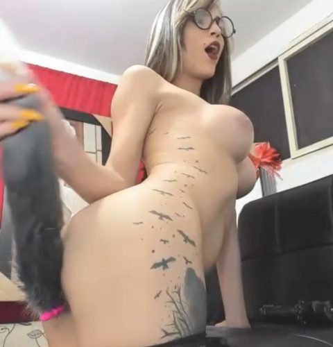 Sexxymichel Shakes Her Tail For Us