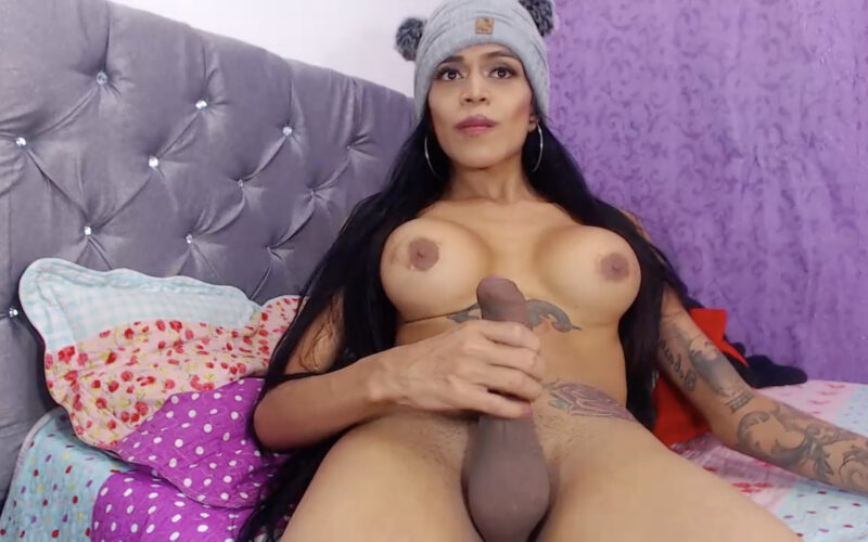 Goddesfox Is Curvy, Inked-Up And Ready To Please