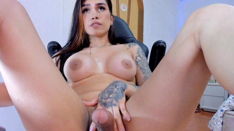 Melany_Adamsx Is Extra Horny Tonight